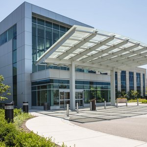 Image of Delonor Hospital North Expansion Entrance
